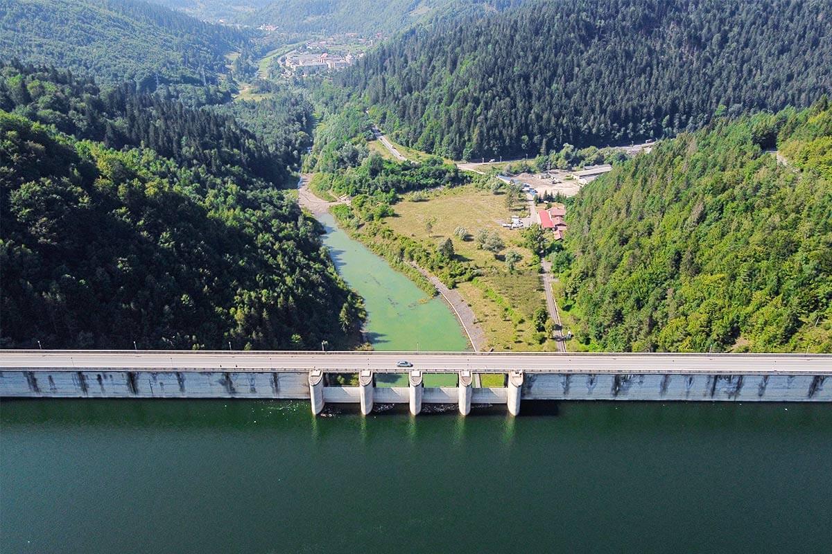 Barajul Bicaz - destinatie turistica