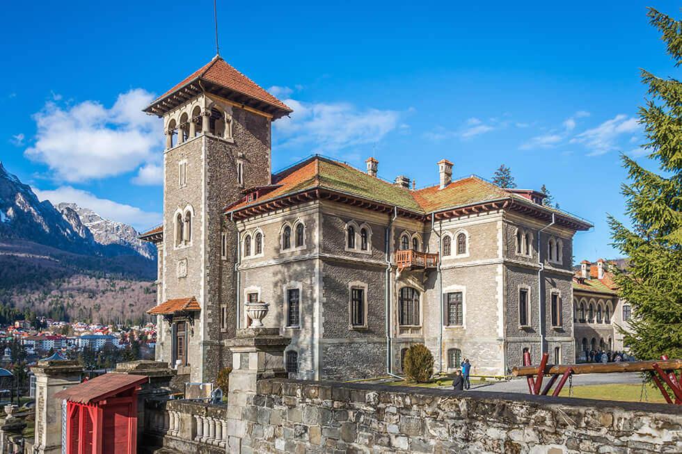 Castelul Cantacuzino - Destinatie Turistica din Romania