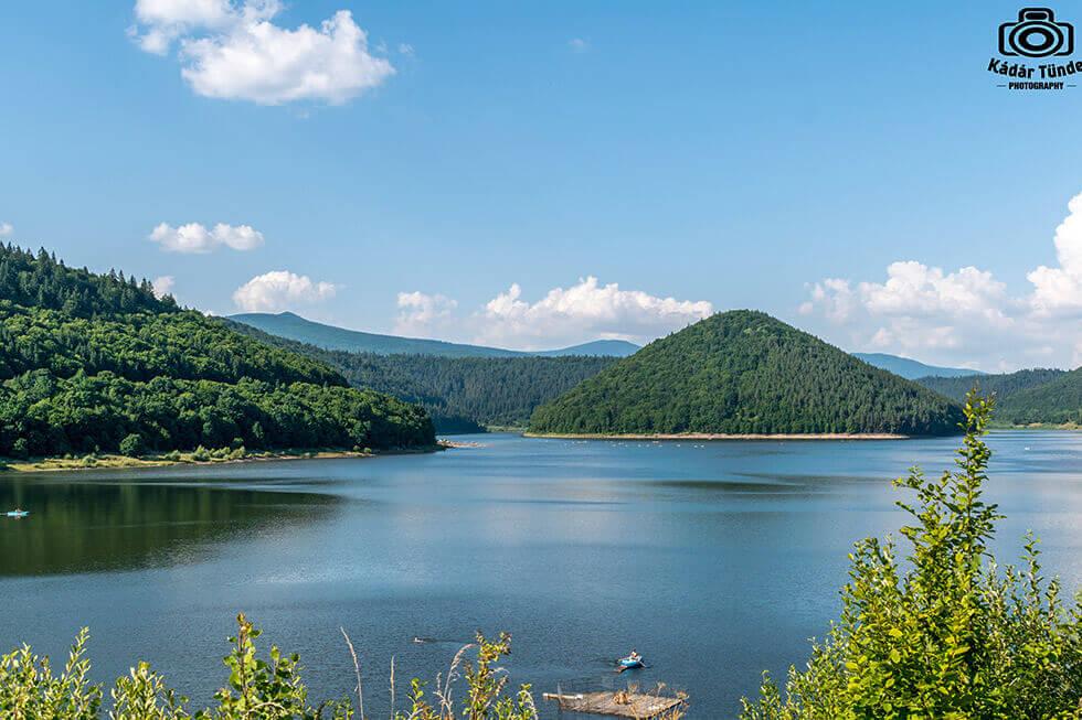 Barajul si Lacul Zetea Harghita Romania